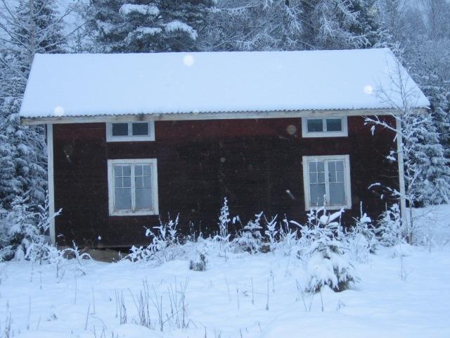 Gammalt hus innan Börjesjö...