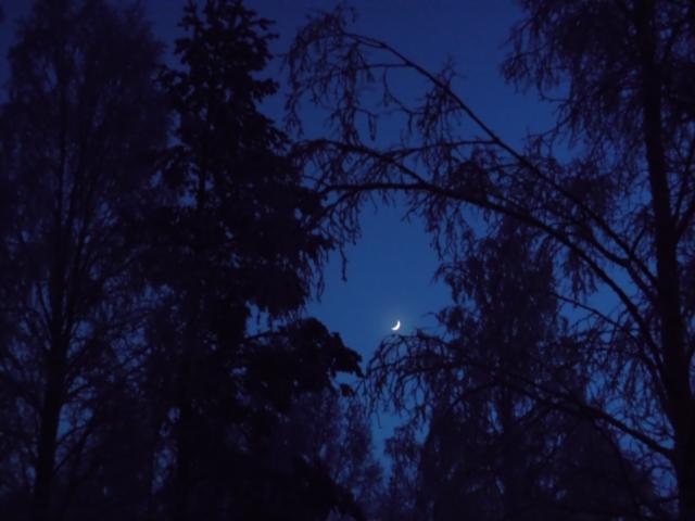 Månen 2...
