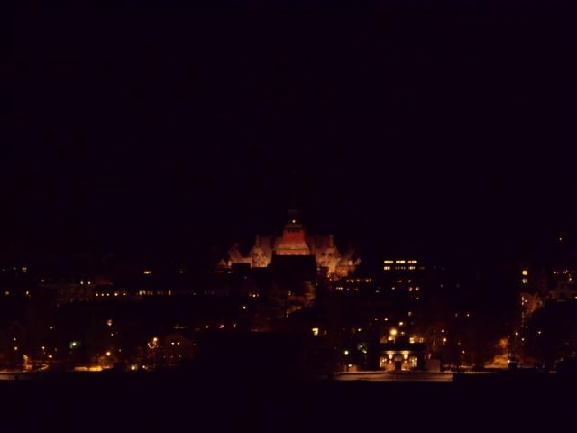 Natt i Östersund, rådhuset...