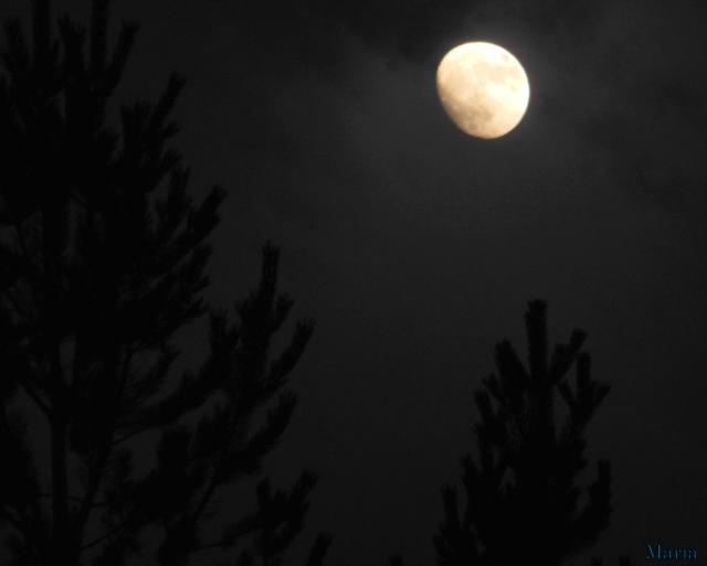 Månen 3, 3...