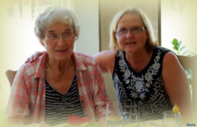 Mamma och Elisabeth 2,2...
